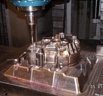 Fabrication-outillage-04_small.jpg